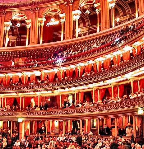 le-royal-albert-hall-de-londres-est-inaugure-par-la-reine-victoria/royal-albert-hall-interior-4251111120.jpg