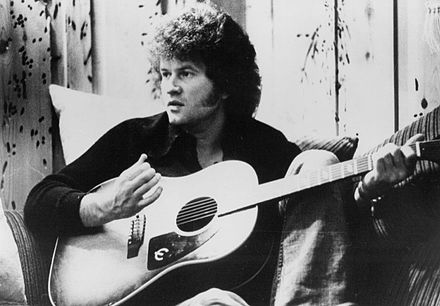naissance-terry-jacks-chanteur-seasons-in-the-sun/440px-terry-jacks-1974.jpg