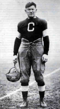 naissance-jim-thorpe/jim-thorpe-football.png