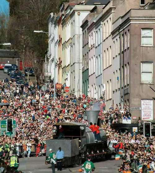 premier-defile-en-amerique/st.-patrick-s-day-2004-in-cork-city816.jpg