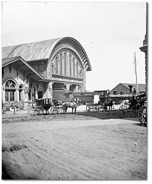 deces-samuel-zimmerman/train-station-520.jpg