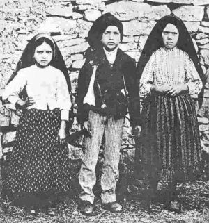 deces-francisco-marto/jacinta-francisco-lucia-fatima19.jpg