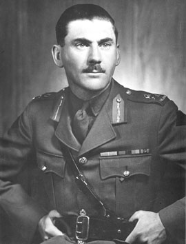 le-premier-corps-canadien-retrouve-le-general-guy-simonds/simons.jpg