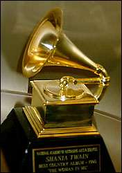 on-remet-les-premiers-grammy-awards/grammy56.jpg