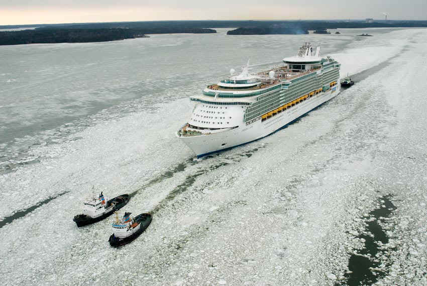 le-freedom-of-the-seas-part-pour-son-premier-voyage/freedom-of-the-seas-is-coming112.jpg