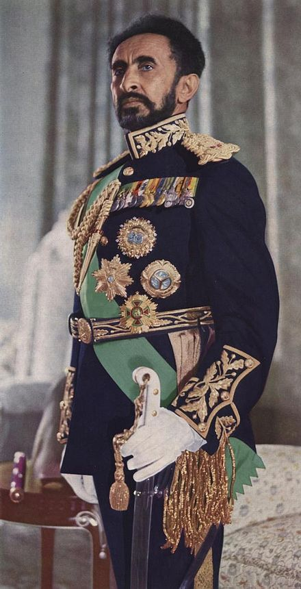 haile-selassie-chasse-dethiopie/haile-selassie-in-full-dress.jpg