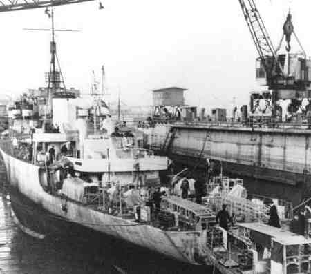 un-sous-marin-allemand-coule-la-fregate-hmcs-valleyfield/hmcs-valleyfield.jpg