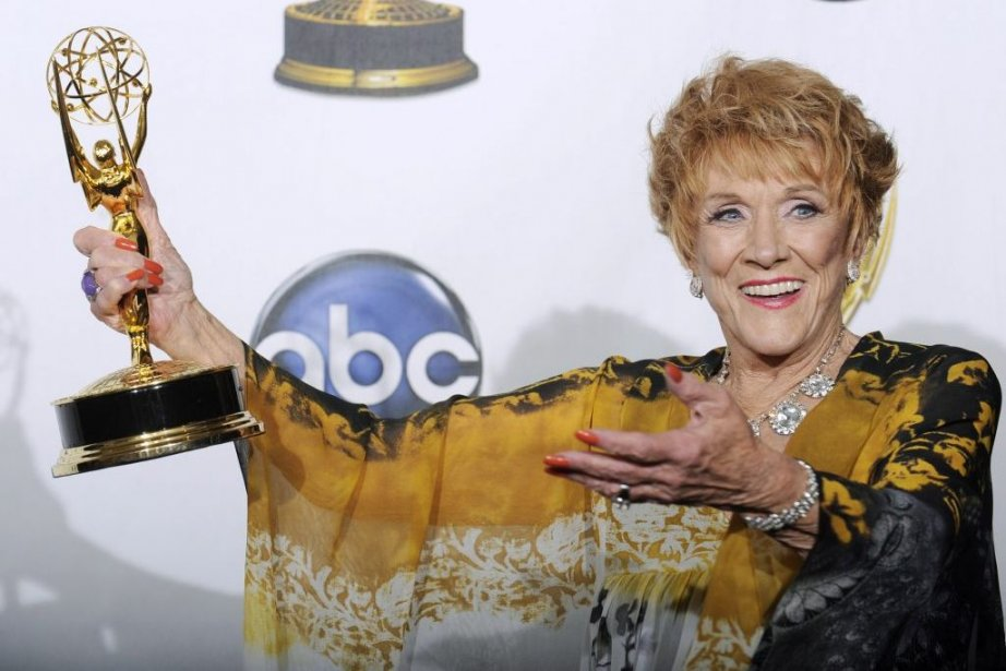 deces-jeanne-cooper/feux.jpg